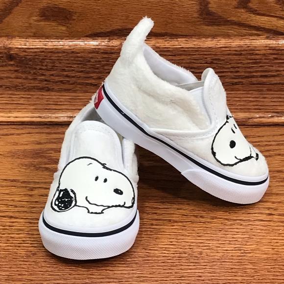 Vans Other - Vans Classic Slip On Peanuts Snoopy True White